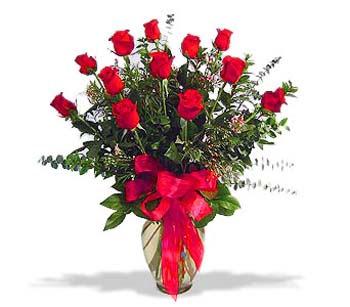 çiçek siparisi 11 adet kirmizi gül cam vazo  Bingöl Gölüm Çiçek online çiçek gönderme sipariş