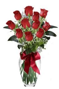 11 adet kirmizi gül vazo mika vazo içinde  Bingöl Gölüm Çiçek 14 şubat sevgililer günü çiçek