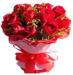 9 adet kirmizi güllerden kipkirmizi buket  Bingöl Gölüm Çiçek çiçekçiler