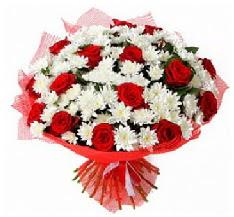 11 adet kırmızı gül ve 1 demet krizantem  Bingöl Gölüm Çiçek çiçek mağazası , çiçekçi adresleri