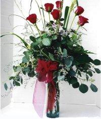 Bingöl Gölüm Çiçek çiçek siparişi sitesi  7 adet gül özel bir tanzim