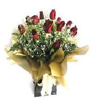 Bingöl Gölüm Çiçek internetten çiçek siparişi  11 adet kirmizi gül  buketi