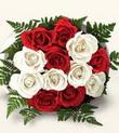 Bingöl Gölüm Çiçek çiçek , çiçekçi , çiçekçilik  10 adet kirmizi beyaz güller - anneler günü için ideal seçimdir -