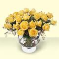 Bingöl Gölüm Çiçek çiçekçi telefonları  11 adet sari gül cam yada mika vazo içinde