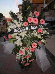 kazablanka,gerbera,sebboy ferforje  Bingöl Gölüm Çiçek çiçekçi mağazası