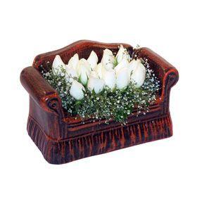 seramik içerisinde 11 gül  Bingöl Gölüm Çiçek hediye çiçek yolla