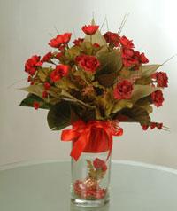 yapay güllerden vazo  9 gül  Bingöl Gölüm Çiçek uluslararası çiçek gönderme