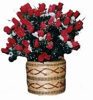 yapay kirmizi güller sepeti   Bingöl Gölüm Çiçek kaliteli taze ve ucuz çiçekler
