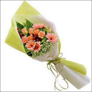 sade güllü buket demeti  Bingöl Gölüm Çiçek çiçekçi mağazası