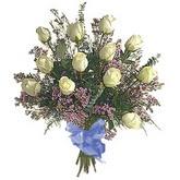 bir düzine beyaz gül buketi   Bingöl Gölüm Çiçek çiçek gönderme sitemiz güvenlidir