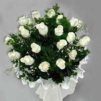 Bingöl Gölüm Çiçek hediye çiçek yolla  11 adet beyaz gül buketi ve bembeyaz amnbalaj