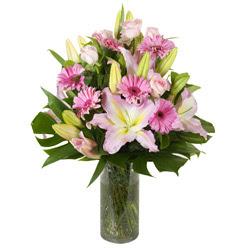 vazo içerisinde karisik mevsim çiçekleri  Bingöl Gölüm Çiçek internetten çiçek siparişi