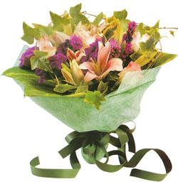 karisik mevsim buketi anneler günü ve sevilenlere  Bingöl Gölüm Çiçek çiçekçi mağazası