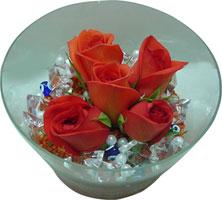 Bingöl Gölüm Çiçek 14 şubat sevgililer günü çiçek  5 adet gül ve cam tanzimde çiçekler