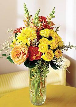 Bingöl Gölüm Çiçek 14 şubat sevgililer günü çiçek  mika yada cam içerisinde karisik mevsim çiçekleri