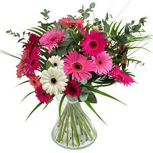 15 adet gerbera ve vazo çiçek tanzimi  Bingöl Gölüm Çiçek online çiçek gönderme sipariş