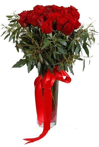 15 adet kirmizi gül cam vazo içerisinde  Bingöl Gölüm Çiçek internetten çiçek satışı