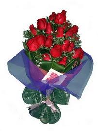 12 adet kirmizi gül buketi  Bingöl Gölüm Çiçek online çiçek gönderme sipariş