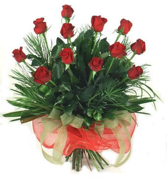 Çiçek yolla 12 adet kirmizi gül buketi  Bingöl Gölüm Çiçek güvenli kaliteli hızlı çiçek