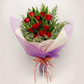 çiçekçi dükkanindan 11 adet gül buket  Bingöl Gölüm Çiçek çiçekçi mağazası