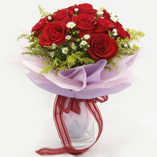 Çiçek gönderme estetikliginiz 11 gül buket  Bingöl Gölüm Çiçek çiçekçi mağazası