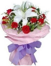 9 adet kirmizi gül 1 adet kazablanka buketi  Bingöl Gölüm Çiçek çiçekçi mağazası