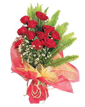 Bingöl Gölüm Çiçek İnternetten çiçek siparişi  11 adet kırmızı güllerden buket modeli