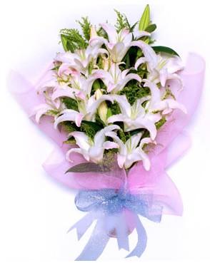 5 dal kazablankadan muhteşem buket  Bingöl Gölüm Çiçek hediye çiçek yolla