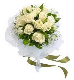 Bingöl Gölüm Çiçek online çiçekçi , çiçek siparişi  11 adet benbeyaz güllerden buket