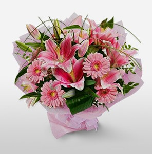 1 dal kazablanka ve kır çiçek görsel buketi  Bingöl Gölüm Çiçek internetten çiçek satışı