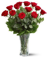 11 adet kırmızı gül vazoda  Bingöl Gölüm Çiçek internetten çiçek siparişi