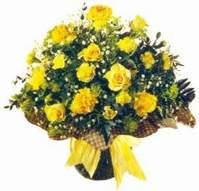 Bingöl Gölüm Çiçek çiçek , çiçekçi , çiçekçilik  Sari gül karanfil ve kir çiçekleri