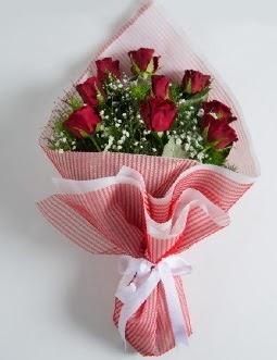 9 adet kırmızı gülden buket  Bingöl Gölüm Çiçek çiçek satışı
