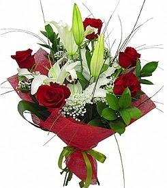1 dal kazablanka 5 kırmızı gül buketi  Bingöl Gölüm Çiçek kaliteli taze ve ucuz çiçekler