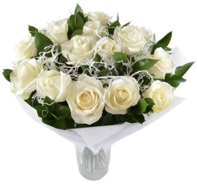 15 beyaz gül buketi sade aşk  Bingöl Gölüm Çiçek çiçek satışı
